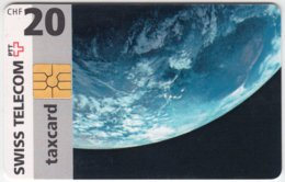 SWITZERLAND A-852 Chip Swisscom - Unversum, Earth - Used - Switzerland