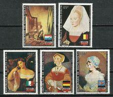 Haute - Volta. Pinturas, Mujeres. - Madonnas