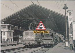 Locos CC 7105 Et 141P Et Leurs Trains, En Gare De Lyon-Perrache (69)  - - Stations With Trains