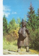 K2. Real Photo Postcard By Gailitis Latvia Liesma 1975 Woodcarving By Kugra Annele Annelle In Tervete Forest Nature Park - Latvia