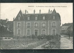 CPA - PONTIVY - Le Presbytère Et La Rue Friedland, Très Animé - Pontivy