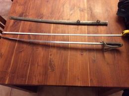 Ancien Sabres D Officiers - Knives/Swords