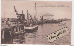 Conakry - Cpa / Le Port Et Le Bougainville Sur La Petite Rade. - French Guinea