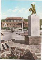 M138 CARBONIA MONUMENTO AI CADUTI ANIMATA 1960 CIRCA - Carbonia