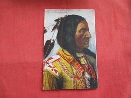 Chief Hollow Horn Bear  --  ---  --.ref 2808 - Indiens De L'Amerique Du Nord