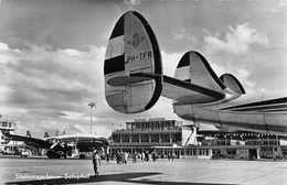 "07214 ""STATIONSGEBOUW SCHIPHOL - PH-TFR - KONINKLUKE LUCHTVAART MU - HOLLAND - KLM AEROCARTO"" CART NON SPED 1956 - 1946-....: Moderne"