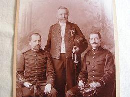 Ancienne Photo Photographie Grande Cdv Soldat Militaire Medaille Decorations Academicien Col Marqué 103  A Identifier - Guerre, Militaire