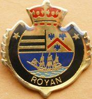 Z  310  )....BLASON...../.........ROYAN.....département De La Charente-Maritime (région Nouvelle-Aquitaine) - Cities