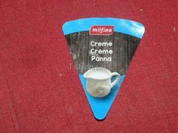 Cheese Queso Kase Label Etikette Etiqueta Hungary Milfina Cream Creme Panna - Käse
