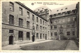 Tournai - CPA - Séminaire épiscopal - Cour D'honneur - Tournai