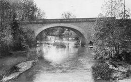 CPSM Dentellée - CORMERY (37) - Aspect Du Petit Pont Sur L'Indre En 1952 - France