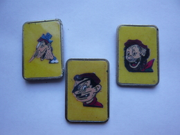 3 Pin S Bd Pieds Nickeles Different - Comics