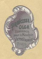 Etiquette Gaufrée Parfum Princesse Olga Essence Pour Le Mouchoir Victor Vaissier PARIS Format : 3,3 Cm X 5,5 Cm Sup.Etat - Labels