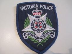 Ecusson Tissu Ancien /Police / CANADA /Victoria Police/ Uphold The Right/ Années 1970 -1980  ET122bis - Scudetti In Tela
