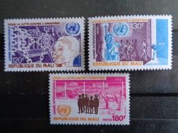 MALI 1978 Y&T N° 297 à 299 ** - ANNEE INTERNATIONALE POUR LA LUTTE CONTRE L'APARTEID - Mali (1959-...)