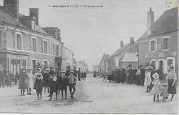 CHER - ASNIERES RUE GAUCHERE TRES ANIMEE POSTEE EN 1918 EDITEUR MAQUAIRE A BOURGES   BON ETAT - France