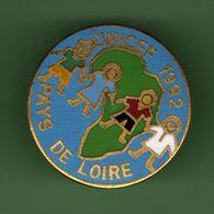 UNICEF 1992 *** PAYS DE LOIRE *** 0079 - Associations