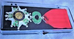 Médaille Ordre De La LEGION D'HONNEUR - Francia