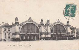 Cp , TRANSPORTS , TOURS , La Gare - Stazioni Senza Treni