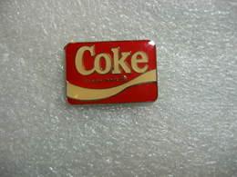 Pin's Coca Cola: COKE, Trade-mark - Coca-Cola