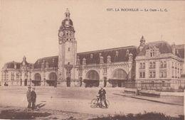 Cp , TRANSPORTS , LA ROCHELLE , La Gare - Stazioni Senza Treni