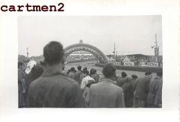 LES 24 HEURES DU MANS 1951 LES DEUX CUNNINGHAM COURSE AUTOMOBILES VOITURE CAR AUTO - Coches