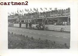 LES 24 HEURES DU MANS LA FERRARI SIMCA 1951 COURSE AUTOMOBILES VOITURE CAR AUTO STAND - Cars