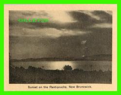 RESTIGOUCHE, NB - MINI-CARTE POSTALE - SUNSET ON THE RESTIGOUCHE - - Nouveau-Brunswick