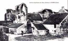 #& Thiers (sur Théve) - Intérieur Des Ruines Du Vieux Château - Frankreich