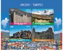 Peru 2018 Ancash Tourism Mountains & Hiking - Canoe