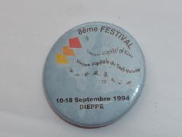 BADGE,8° FESTIVAL DU CERF VOLANT, DIEPPE 1994 - Villes