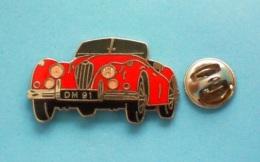 1 PIN'S  //   ** JAGUAR-XK-140-SE-ROADSTER ** 1955 ** . (Démons & Merveilles) - Jaguar