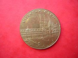 MEDAILLE BRONZE ( Sans Doute Bronze Florentin )   SIGNEE R . B . BARON VILLE DE CAEN DEX AÏE - Tourist