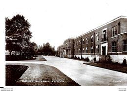 Autres. Swindon.The New Town Hall. - Autres
