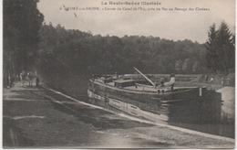 PORT SUR SAONE  ENTREE DU CANAL DE L'EST  AVEC UNE PENICHE - France