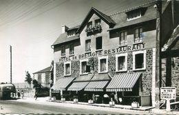 LE VIVIER SUR MER(HOTEL DE BRETAGNE) - France