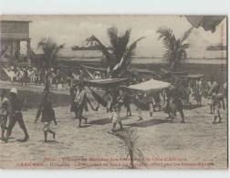 Voyage Du Ministre Des Colonies. DAHOMEY . Cotonou Le Ministre Se Rend Au Banquet Offert Par Commerçants (Fortier 2614) - Dahomey