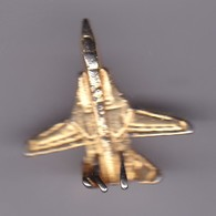 Pin's AVION REACTION DORE - Airplanes