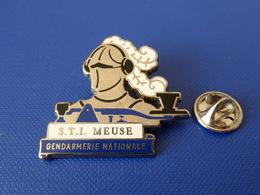 Pin's Gendarmerie Nationale - STI Meuse - Casque Armure - Zamac (KA32) - Army
