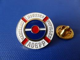 Pin's Militaire - Marine - Maistrance Mousses Pupilles - Adepp - Pompon (LB4) - Army