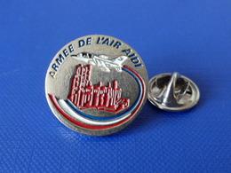 Pin's Militaire - Armée De L'air AIDI - Avion De Chasse - Cathédrale (Q2) - Airplanes