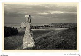 ESTONIA ESTLAND ESTONIE POSTCARD Limestone Cross Memorialize Russian Boyar Vassili Rosladin - Estonia