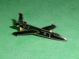 Pin's / Avions  : Chasseur  U2    TB2V - Luftfahrt