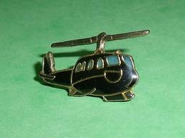 Pin's / Avions  : Hélicoptère   TB2V - Airplanes