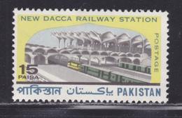 PAKISTAN N°  268 ** MNH Neuf Sans Charnière, TB (D4543) Gare Centrale De Dacca - Pakistan