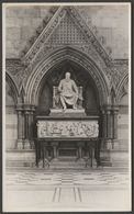 Clothmaker Statue, Church Or Cathedral, C.1950 - RP Postcard - Postcards