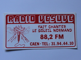 RADIO VESUVE CAEN.Calvados.Auto Collant - Vieux Papiers