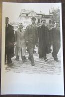 CPA Militaire - Carte Photo Libération De Paris - Colonel Rol Au Mur Des Fédérés (Père Lachaise) - Guerre 1939-45