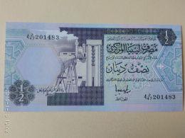 1/2 Dinar 1990 - Libia