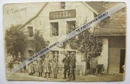 Rare Carte Photo ETOBON Haute Saône 70  Café Perret Animée - Vers Hericourt - Andere Gemeenten